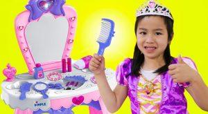 Jannie Pretend Play PRINCESS Dress Up w Makeup Toys 300x165 - Jannie Pretend Play PRINCESS Dress Up w/ Makeup Toys